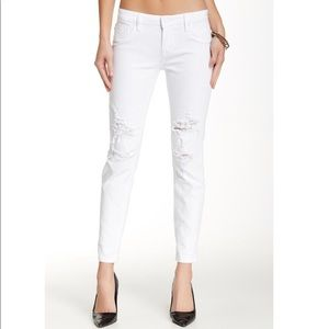 VIGOSS WHITE RIPPED JEANS